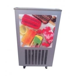 Machine pour glaces à bâtonnet