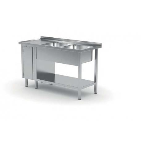 Table avec deux lavabos, étagère et armoire avec porte battante POL-226